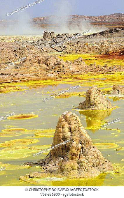 Ethiopia, Afar region, Danakil depression, Dallol, Sulfuric acid pond and fumaroles  Dallol is a volcanic explosion crater which was formed during a phreatic...