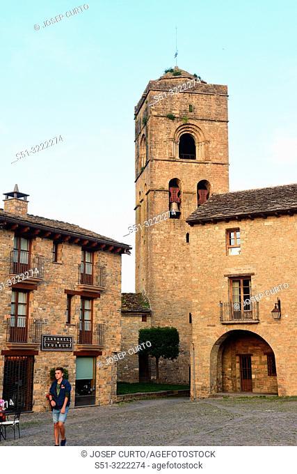 main square and Santa Maria church of Ainsa, Huesca province, Aragon, Spain