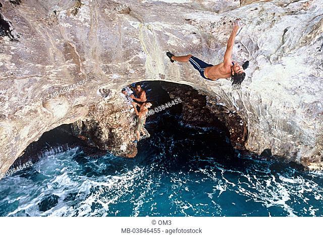 Climbers heed Bernhard Fiedler, pro-climbers, personality-rights, Spain, island from above sea Majorca rock-coast, series, Balearen, Mediterranean, surf, waves