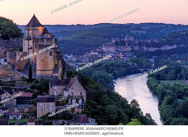 France, Dordogne, Perigord Noir, Dordogne Valley, Castelnaud la Chapelle, labelled Les Plus Beaux Villages de France (The Most Beautiful Villages of France)
