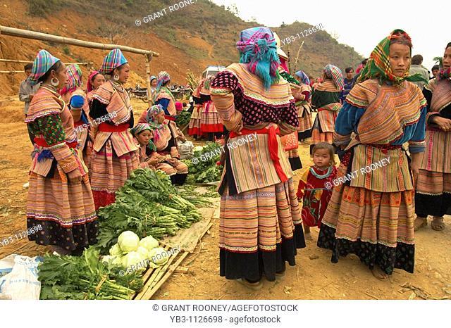 Flower Hmong Hill Tribe Women, Bac Ha Market, Vietnam