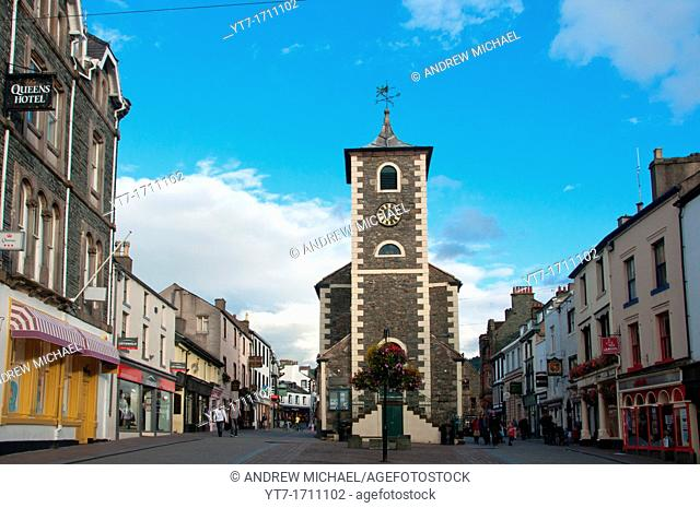 Town Centre and Moot Hall, Keswick, Lake District, Cumbria, England, UK