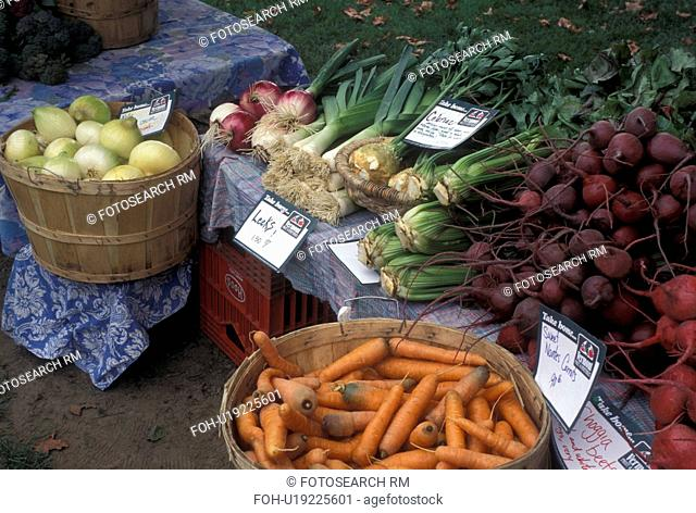 vegetables, outdoor market, produce, Vermont, VT, Carrots, beets, celery and onions for sale at the Farmers Market in Waterbury