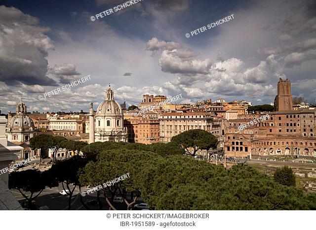 The twin churches of Santa Maria di Loreto and Santissimo Nome di Maria al Foro Traiano and Trajan's Market, Rome, Italy, Europe