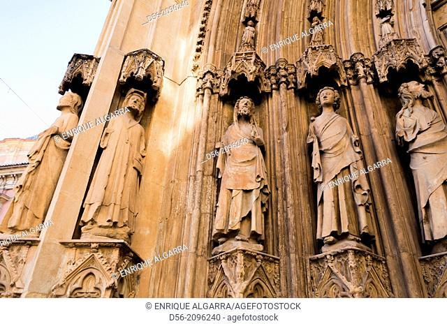 Valencia Cathedral, Gothic gate, Valencia, Spain