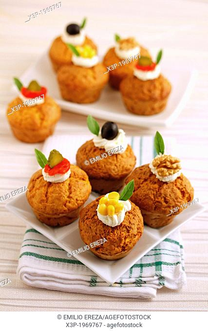Savory cupcakes with cheese and pumpkin