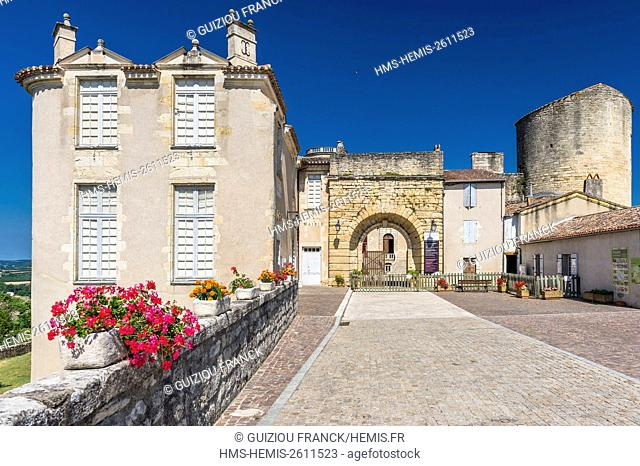 France, Lot-et-Garonne, Duras, Duras Castle, fortress built from the 12th century