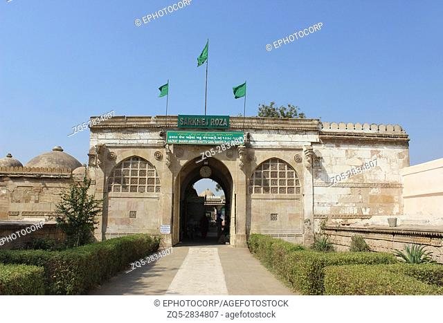 Entrance of Sarkhej Roza. Mosque and tomb complex. Village of Makarba, 7 km south-west of Ahmedabad in Gujarat India
