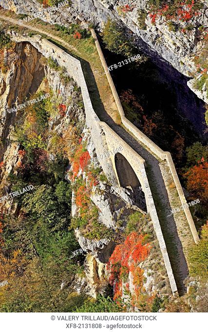 The Esteron valley, Alpes-Maritimes, Préalpes d'Azur regional natural park, Provence-Alpes-Côte d'Azur, France