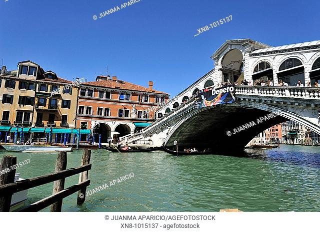 Rialto Bridge in the city of Venice