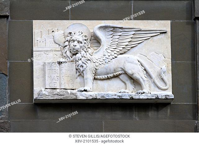 Detail of the winged lion of Venice on old city gate, Bergamo Alta, Italy, Europe