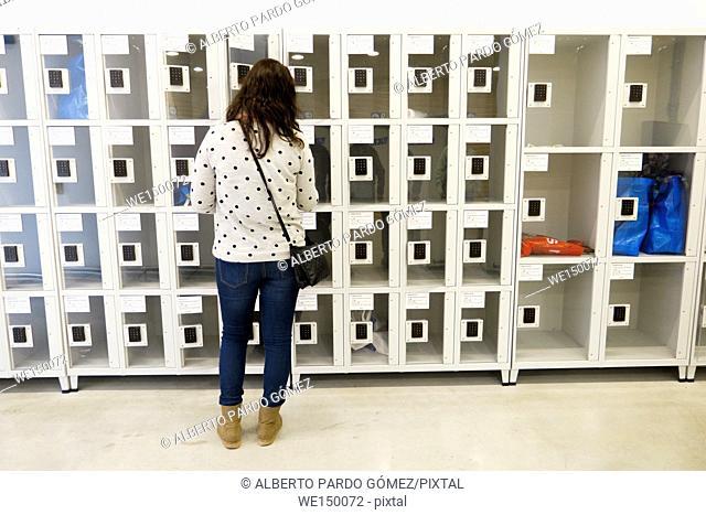 lockers, valencia, Spain