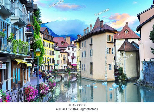 canal in old town, Annecy, Haute-Savoie department, Auvergne-Rhône-Alpes, France