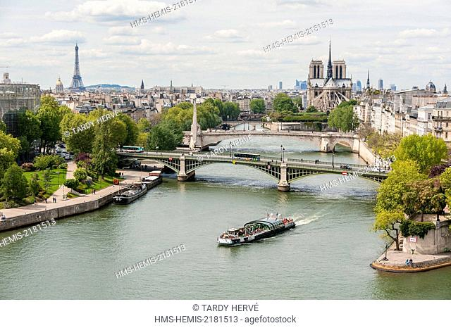 France, Paris, area listed as World Heritage by UNESCO, Notre Dame de Paris, Pont de Sully (aerial view)