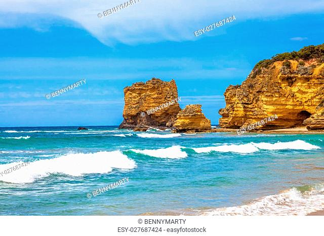 Table Rock in Eagle Point Marine Sanctuary, located at Aireys Inlet on the Great Ocean Road, Victoria, Australia