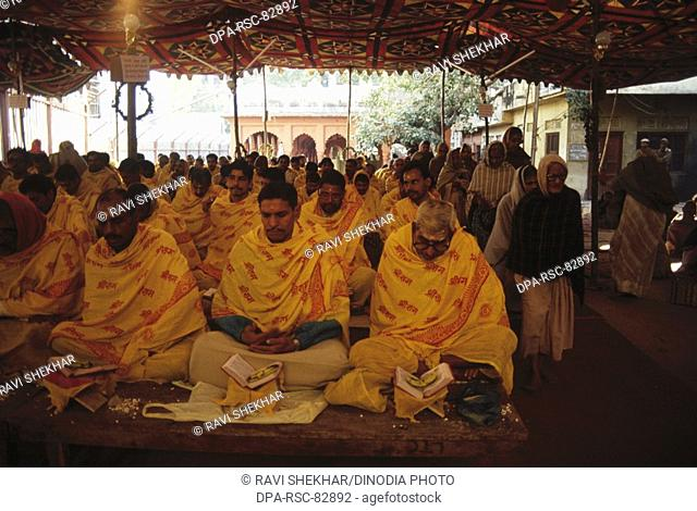 brahmins chanting ramayana scriptures book in nine days 9 , varanasi , uttar pradesh , india