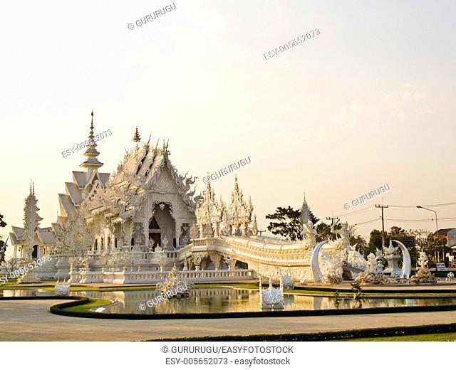 Wat Rong Khun in Chiang Rai, Thailand