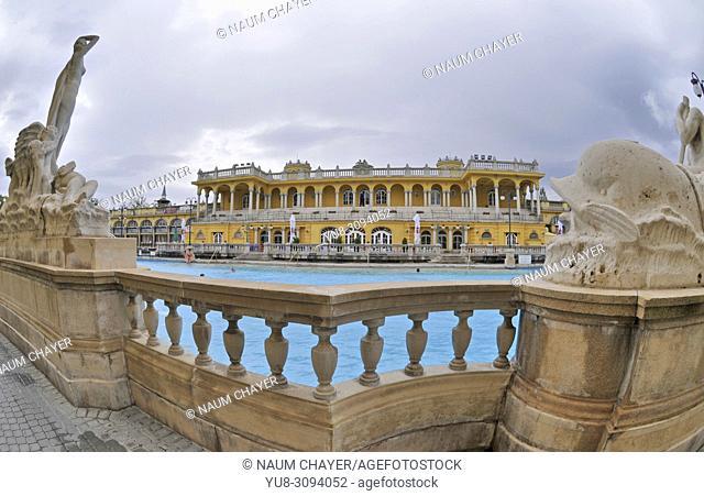 Szechenyi Baths and Pool, Budapest, Hungary, Europe