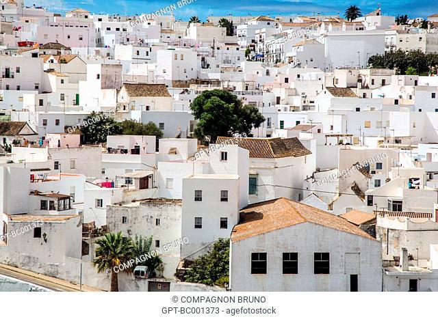 VIEW OF VEJER DE LA FRONTERA, COSTA DEL SOL, THE SUNNY COAST, ANDALUSIA, SPAIN