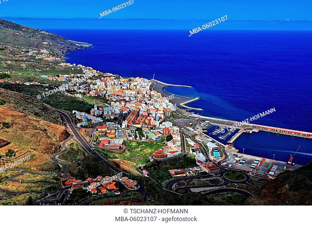 La Palma, Canary Islands, Santa Cruz de La Palma, View from the Mirador de la Glorieta Concepcion to the City