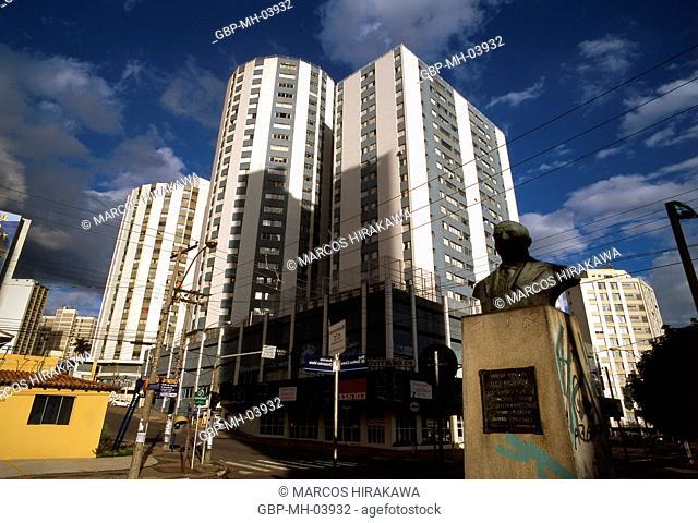 Statue Mayor Orosimbo Maia; Orosimbo Maia Street; Rua Delfino Cintra; Campinas; Sao Paulo; Brazil