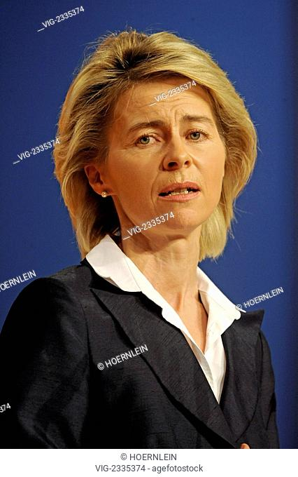 GERMANY, KARLSRUHE, 15.11.2010, 23rd federal party congress of german democratic union CDU federal employment minister Ursula VON DER LEYEN - Karlsruhe