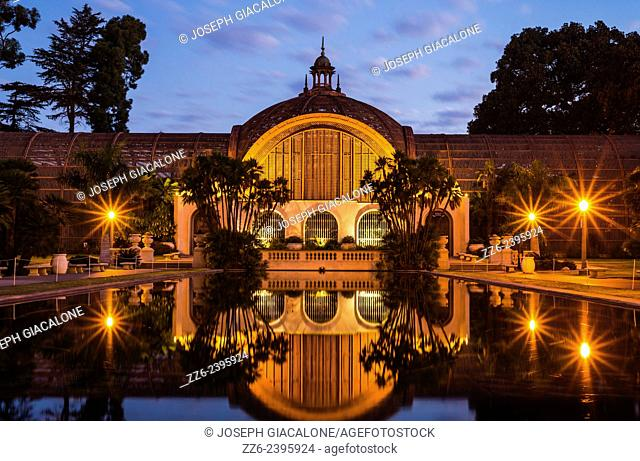 The Botanical Building and the Lily Pond viewed at dawn. Balboa Park, San Diego, California, United States