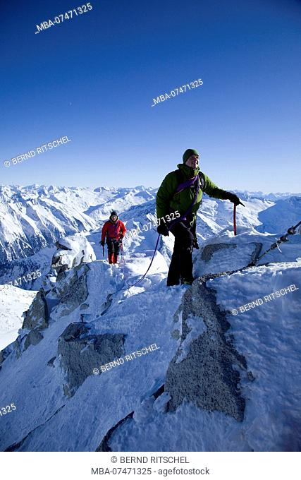 Rope team at the Olper South-East ridge, Tuxer Alps, Zillertal, Tyrol, Austria