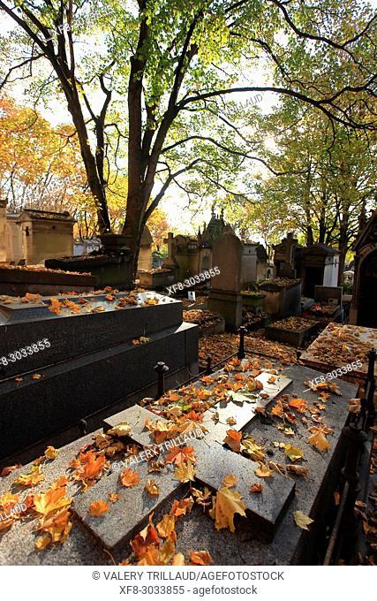 Pere Lachaise Cemetery, Paris, Tour Eiffel, Ile de France, 75. France
