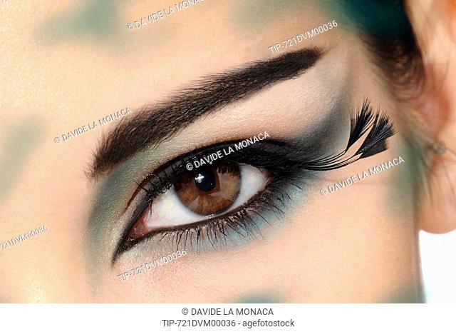make up eye