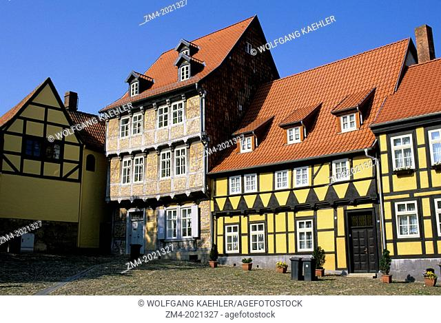 GERMANY, NEAR MAGDEBURG, QUEDLINBURG (UNESCO WORLD HERITAGE SITE), HALF TIMBERED HOUSES