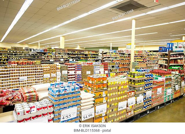 Dry goods section of grocery store