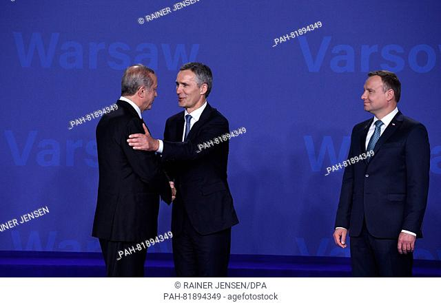 Turkish President Recep Tayyip Erdogan (l) being welcomed by Nato General Secretary Jens Stoltenberg (c)and Polish President Andrzej Duda at the national...