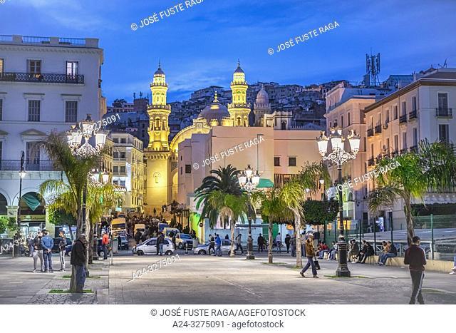Algeria, Argel City, Alger Kasbah, Djemaa Ketchoua Mosque, Martyrs Square