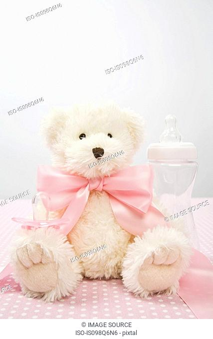 Teddy bear with a bow