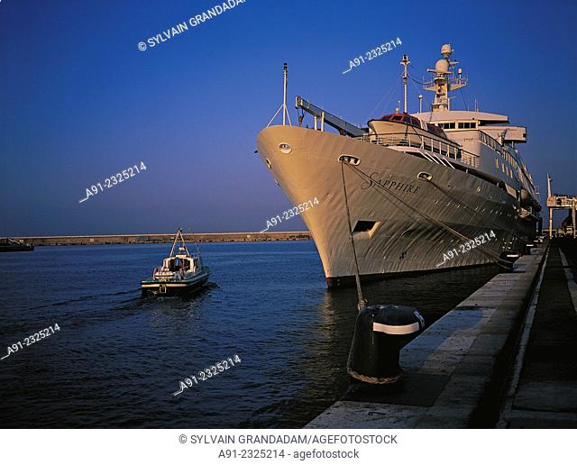 France, Provence, Bouches du Rhone 13, city of Marseilles, cruise ship moored in the harbour at quay