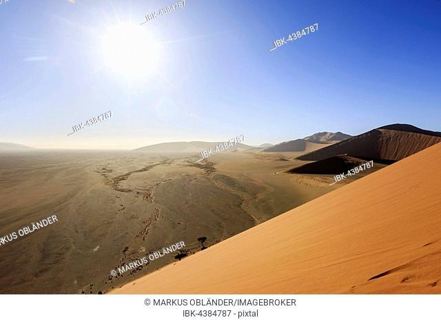 View from Dune 45 to Tsauchab Valley, Sossusvlei, Namib Desert, Namib-Naukluft National Park, Namibia