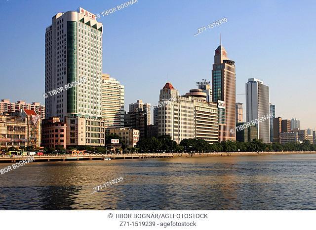 China, Guangdong Province, Guangzhou, skyline, Pearl River waterfront