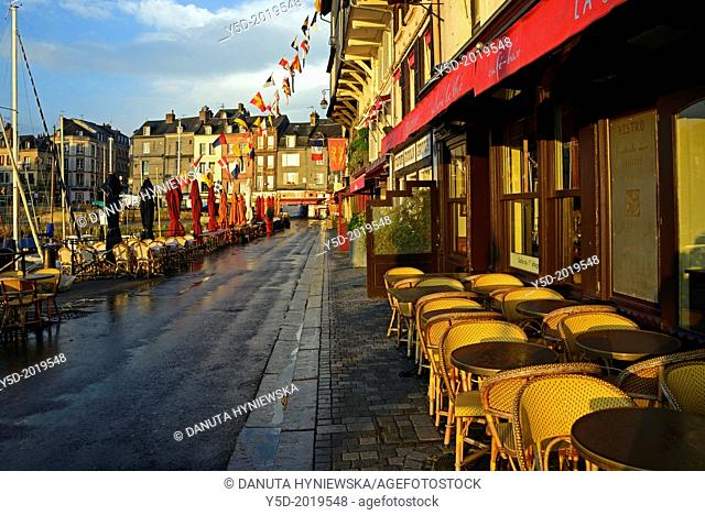 Empty street, very early morning, Vieux Bassin, Honfleur, Calvados, Normandy, France
