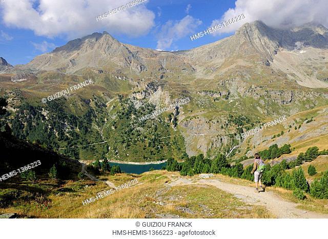 France, Savoie, Haute Maurienne valley, Aussois, the dam lake of Plan d'Amont
