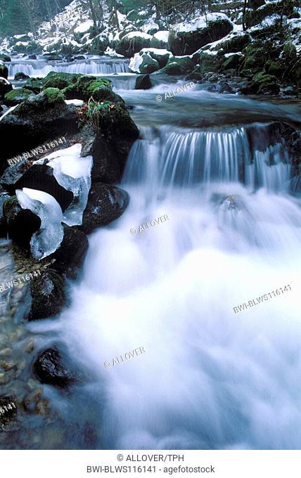 stream, running water