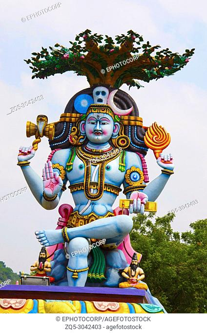 Colorful idol of Lord Shiva, on the way to Kanchipuram, Tamil Nadu, India