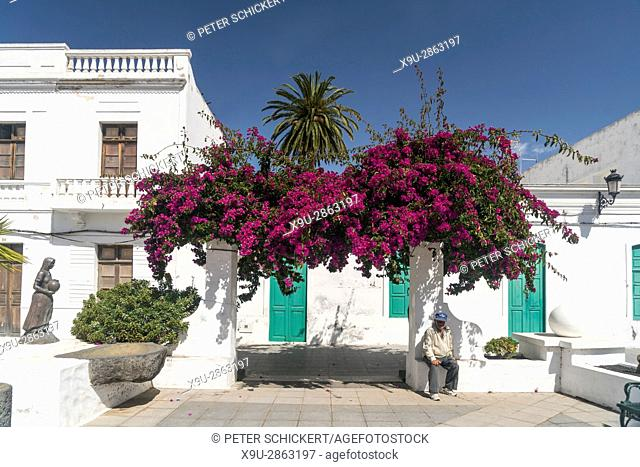 Plaza de la Constitucion, Haria in the Valley of 1000 Palms, Lanzarote, Canary Islands, Spain