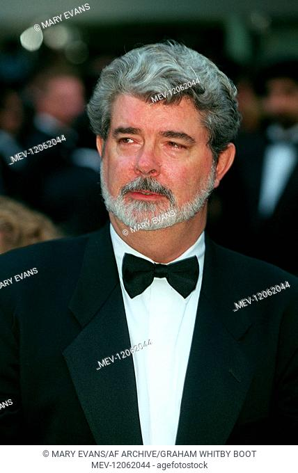 George Lucas Director & Producer Star Wars: Episode I - The Phantom Menace, London Premiere, Arrival London, England 14 July 1999 Am 14.07