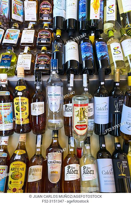 Alcoholic drinks for sale. Farmer's market, Vega de San Mateo village, Guiniguada ravine, Gran Canaria Island, The Canary Islands, Spain, Europe