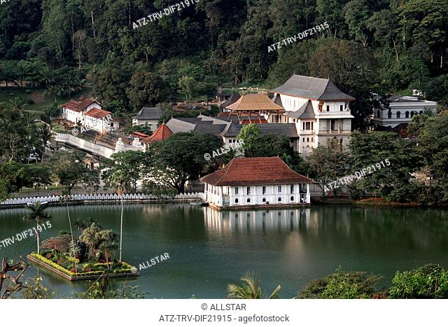 TEMPLE OF THE TOOTH RELIC; KANDY, SRI LANKA; 11/03/2013