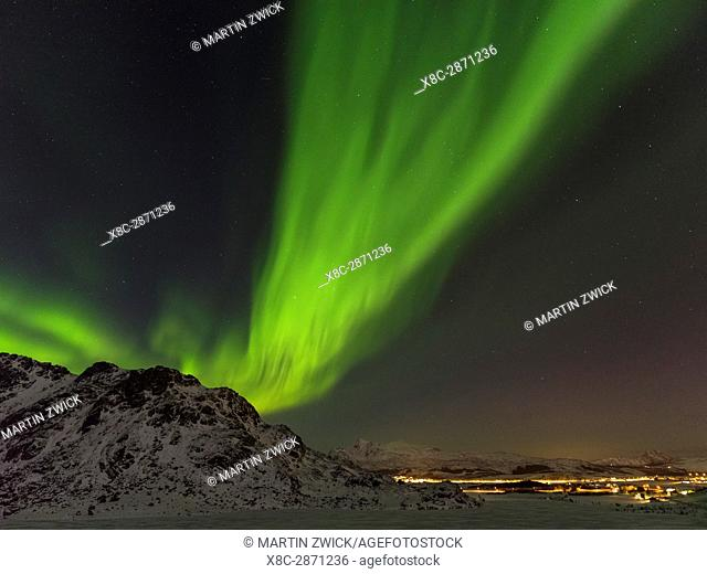 Northern Lights near Leknes, island Vestvagoy. The Lofoten islands in northern Norway during winter. Europe, Scandinavia, Norway, February