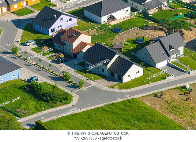 France, Bas Rhin (67), village of Herbitzheim, residential area (aerial view)
