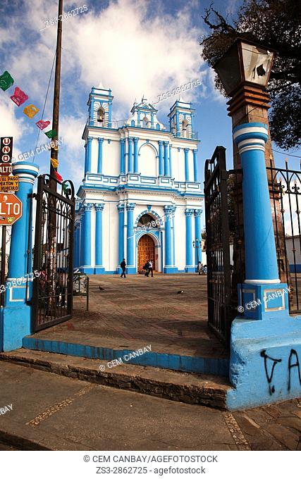 View to the Church of Santa Lucia in the city center, San Cristobal de las Casas, Chiapas State, Mexico, Central America