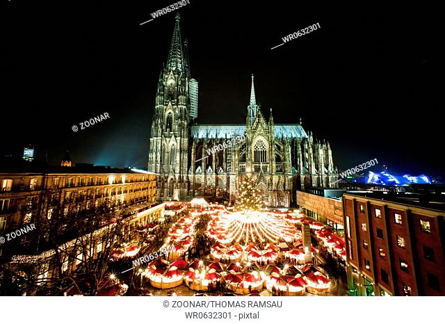 Cologne Christmasmarket with Cathedral